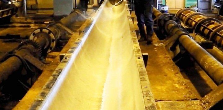 Dầu lăn ván khuôn, dầu bôi trơn cốp pha bảo dưỡng bê tông